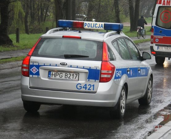 Policja Częstochowa: Zapłać za mandat od razu, każdy patrol ruchu drogowego na Śląsku ma terminal