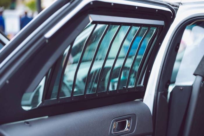 Policja Częstochowa: Kilka ważnych wskazówek, o których warto pamiętać, żeby spokojnie spędzić wakacje