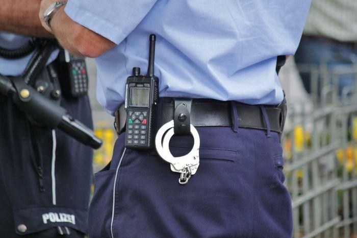 Policja Częstochowa: Świąteczne życzenia Komendanta Miejskiego Policji w Częstochowie