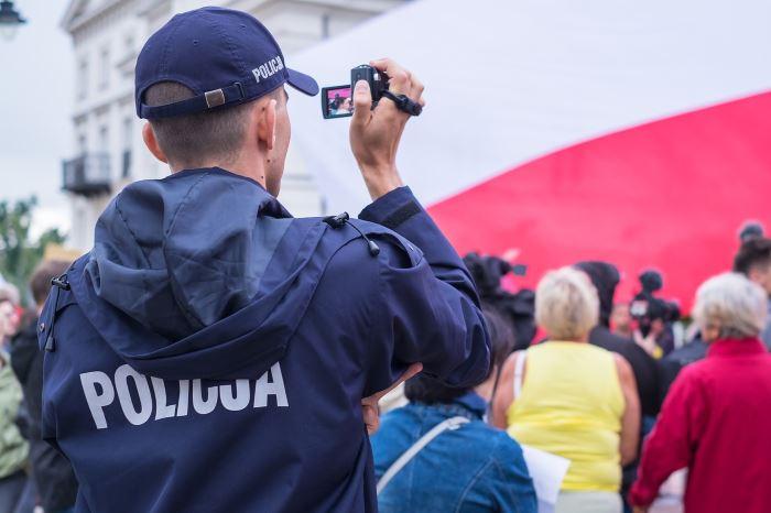 Policja Częstochowa: Policjanci z Kłomnic walczą z przestępczością narkotykową
